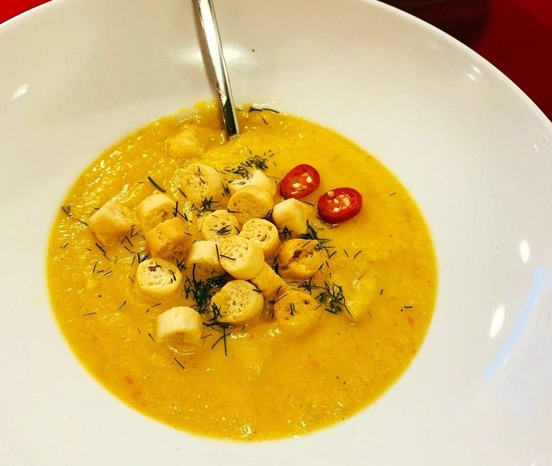 Zupa krem z kalafiora z dodatkiem chili